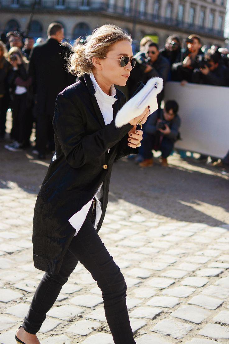 Mary-Kote Olsen before the Louis Vuitton FW15 show #PFW #StreetStyle