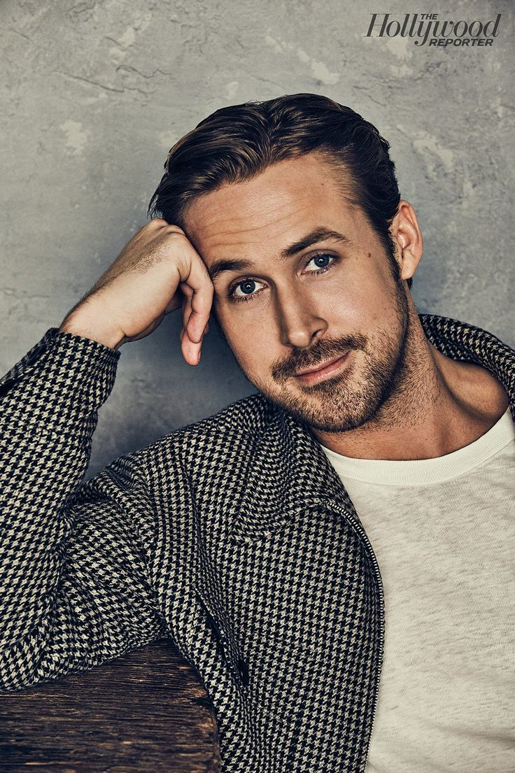 Driving gloves like ryan gosling - Ryan Gosling