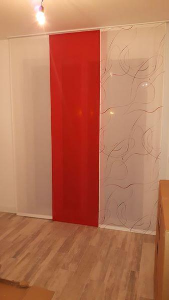 tenda a a pannelli in tre colori coordinati, movimento a strappo