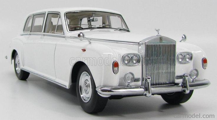 A 1968 Rolls-Royce Phantom VI appears briefly in season 7 of Futurama.