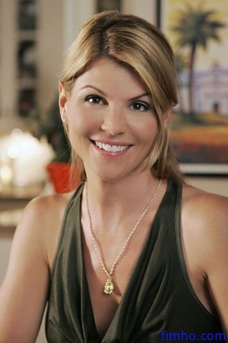 Lori Loughlin (July 28, 1964) American actress, writer and producer, o.a. known from the comedy/ drama 'Full House'.