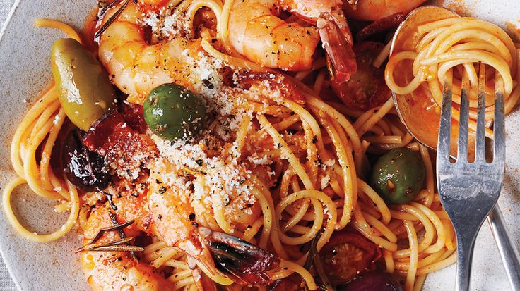 Spaghetti with Shrimp and Olives