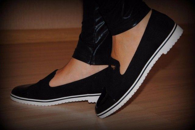 Как вернуть белоснежность подошве обуви 0