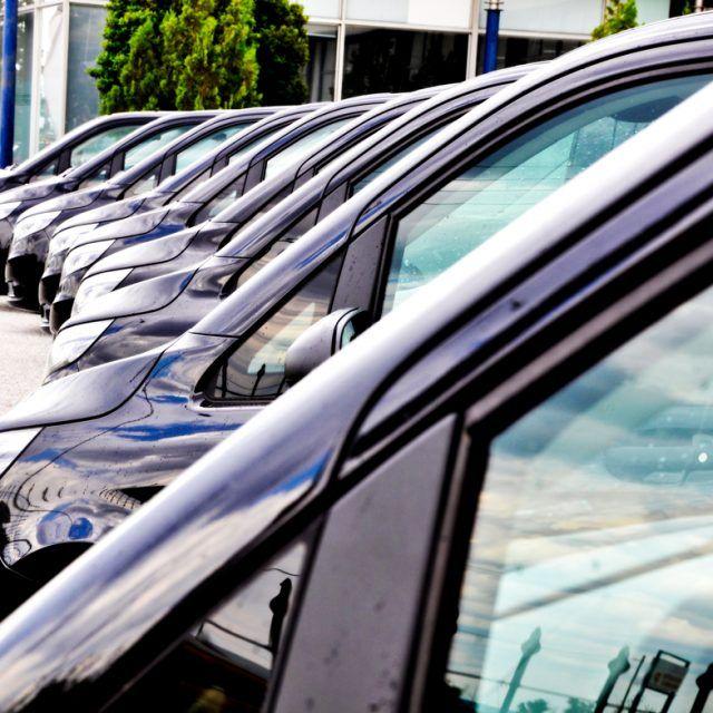 Skuteczne zarządzanie flotą samochodów firmowych nie jest rzeczą łatwą. Co zrobić, gdy koszty floty rozjeżdżają się?