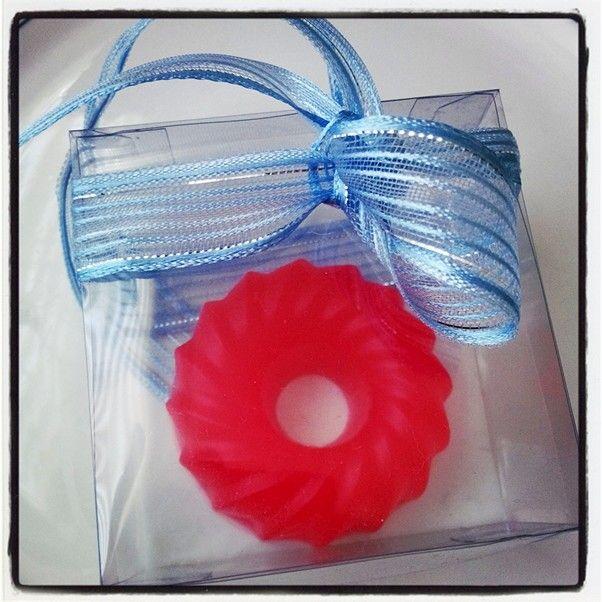 Kisiye ozel tasarim butik hediyelik sabunlar :)  Gift soap
