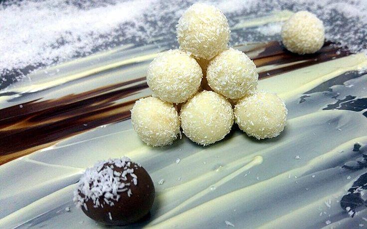 Τρούφες καρύδας (Rafello) με λευκή σοκολάτα!