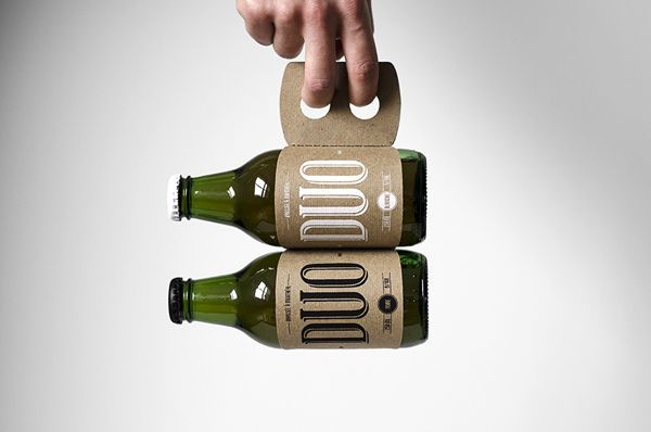 This Double Beer Carrier is Resourceful in Both Material and Function #lifestyle trendhunter.com