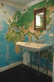 map wallpaper in a downstairs loo
