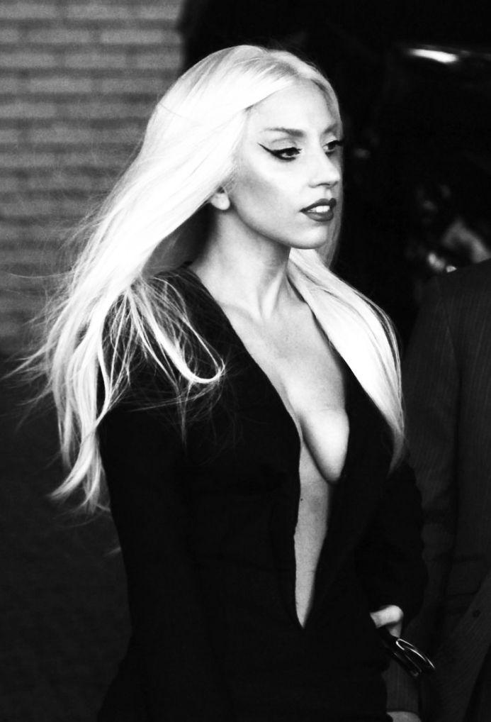 Lady Gaga lijkt mij wel een tof wijf!