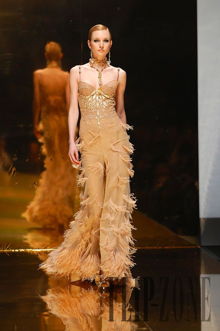 Gianni Calignano Printemps-été 2007 - Haute couture - http://fr.flip-zone.com/gianni-calignano,107
