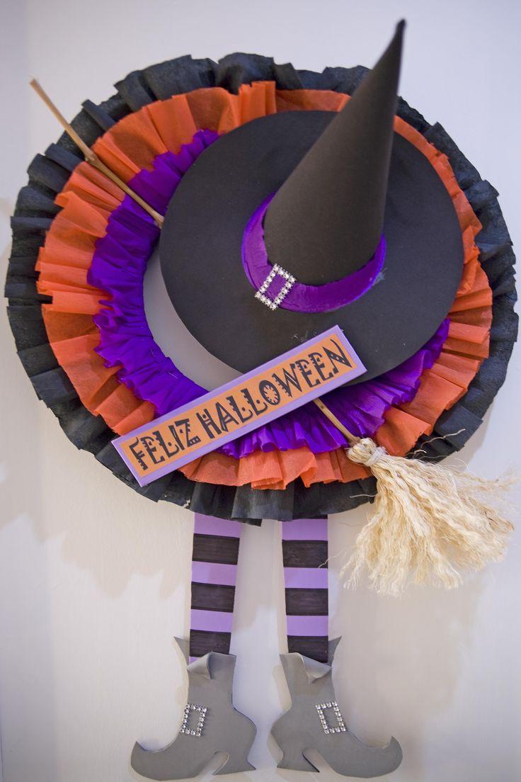 Da la bienvenida en Halloween con esta corona para la puerta