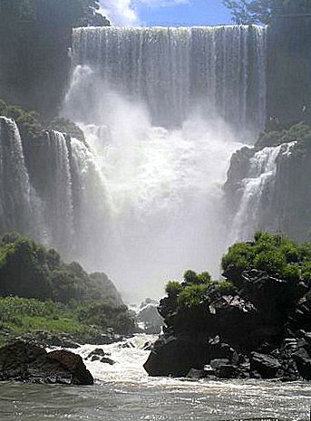 https://flic.kr/p/6xgLvu   IGUAZU - Argentina   The most beautiful water fall(S) I have ever seen.  There are 220 waterfalls.  they are shared by both Brazil and Argentina...BUT 3/4'S ARE IN  ARGENTINA...