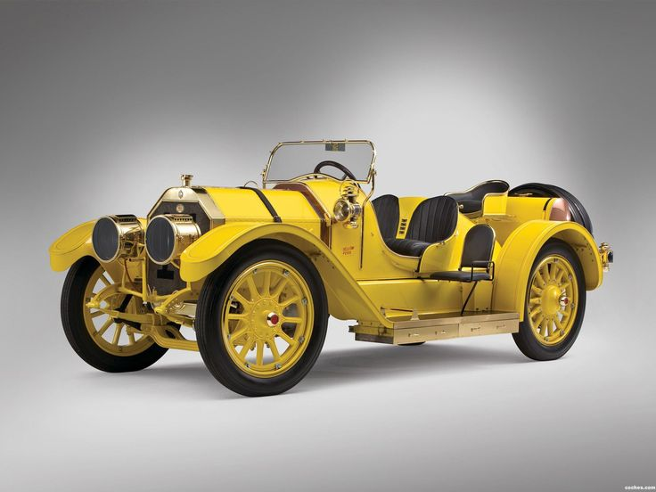 """1911 Oldsmobile Autocrat racer. This car's body was modified in 1911 from a Tourabout into a racer by the original owner who kept it in their family until 1976. It has a 4 cylinder 471 cid engine. Notice the """"outrigger"""" seat and footrest at runningboard w/ storage boxes just below. Oldsmobiles were made in Lansing, Michigan from 1897-2004."""