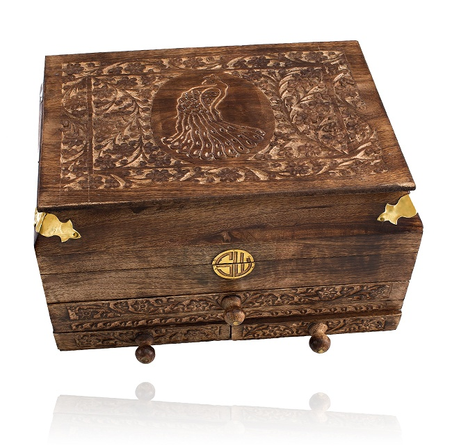SAMANTHA WILLS - CARVED CHEST