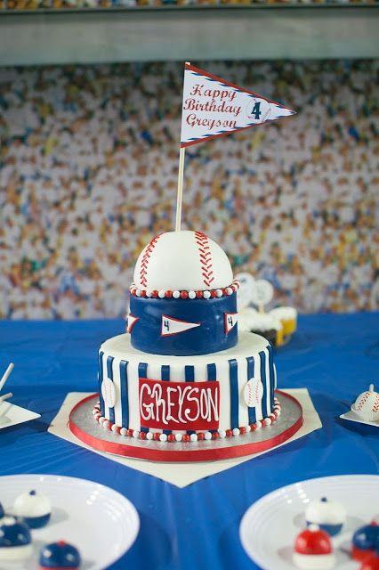 Baseball Party // Featured Party // que decoração fofa! e da para adaptar para qualquer outro esporte. #festa #meninos