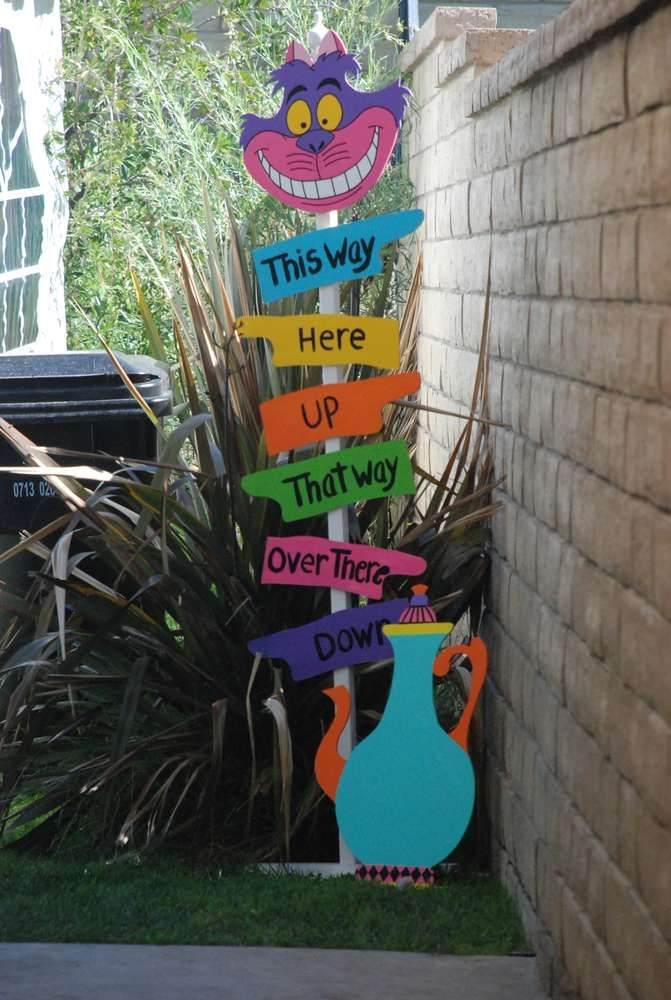 Alice in Wonderland / Mad Hatter Birthday Party Ideas | Photo 1 of 17 | Catch My Party