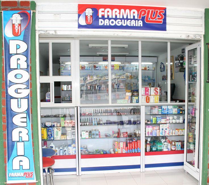 Esta es la parte exterior la droguería. Se venden champu.