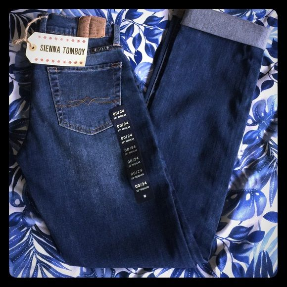Sienna Tomboy Lucky Brand Jeans Amazing lucky brand jeans. More details to come.........Like now for price drop notifications. Will be reducing once likes are accumulated. Lucky Brand Jeans