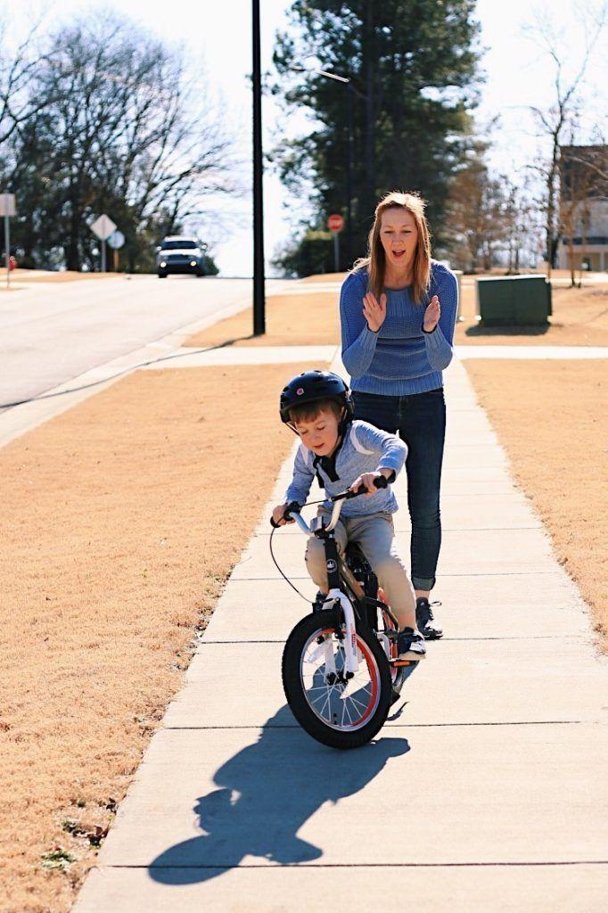 How To Teach A Kid To Ride A Bike Boy Bike Kids Bike Royal
