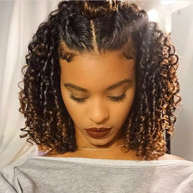"2,823 Likes, 5 Comments - VoiceOfHair (Stylists/Styles) (@voiceofhair) on Instagram: ""Such a pretty style on @chelliscurls ❤️ You could achieve a similar look with a flexirod…"""