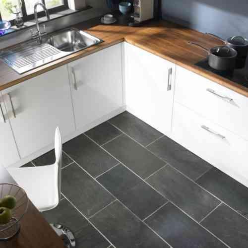 sol en couleur grise pour votre cuisine moderne