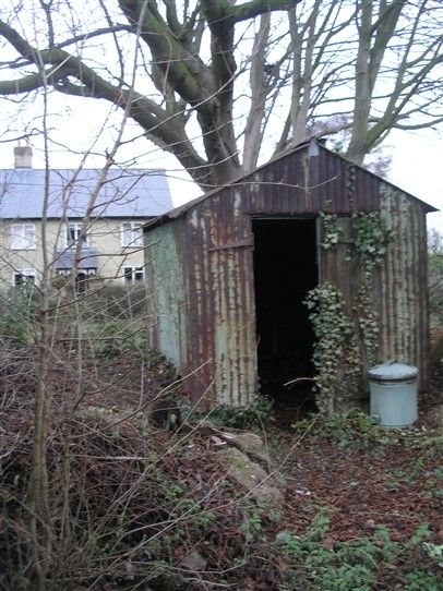 Photo:The very dilapidated shed in the Fenny Lane cemetery that used to house the funeral bier.  Photo taken in 2010.