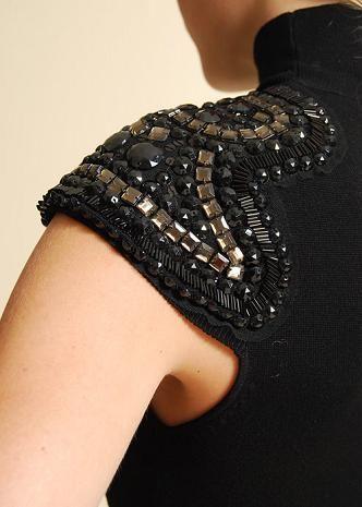 #fashion #design #details #clothes #embelishment #decoration