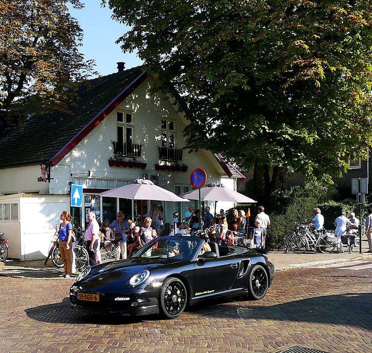 IJssalon De Hoop, Huizerweg 10, Blaricum.