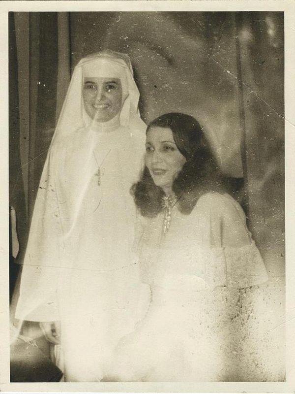 A Rare Photo of Queen Nazli of Egypt, Queen Mother.
