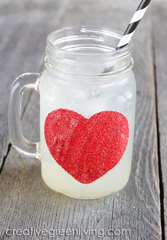 How to make a glittery mason jar heart mug for Valentine's Day (it's actually dishwasher safe, too!)