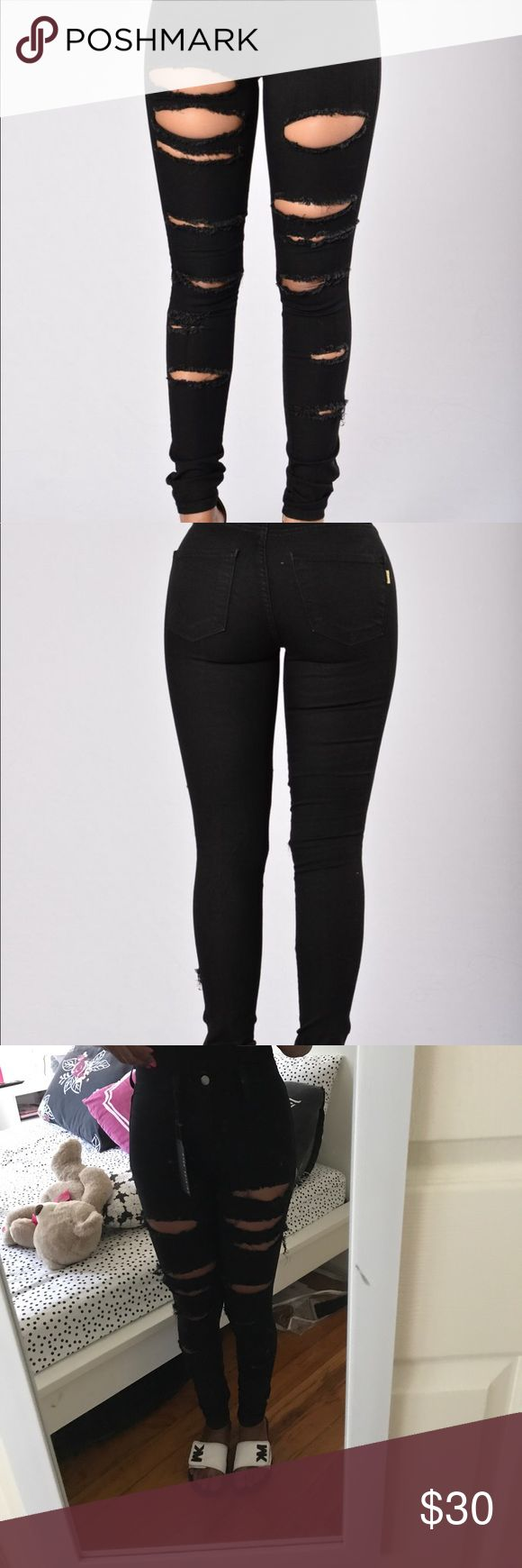 Slash and Burn Jeans Skinny leg black jeans from Fashion Nova. Rips are all the way down the leg. Long in length. Fashion Nova Jeans Skinny