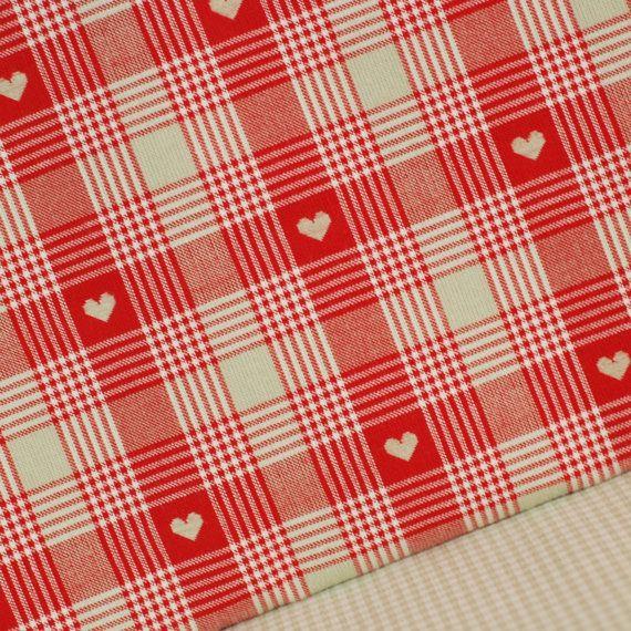 Fabrication de jouet de poupée coeurs tissés rouges et contrôles tissu - demi-mètre - 100 % coton - Bure quilting Bruant des embarcations patchwork