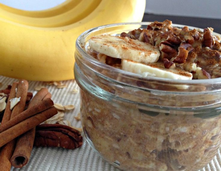 Banana Bread Overnight Oats | Be Whole. Be You. CAN BE WARMED IN THE MORNING, YUMMY :)