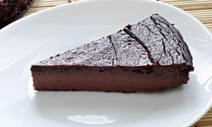 Čokoládový koláč z červené řepy