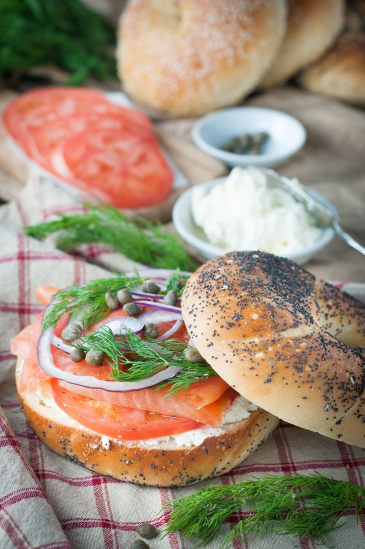 Bagel, smoked salmon and cream cheese sandwich. This sandwich is easy to make and delicious. Whip this meal together in just a few minutes. The combination of flavours is perfect for brunch or lunch.