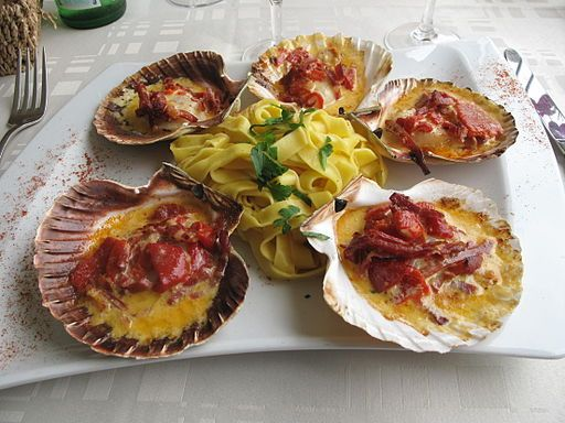 #20160516 #May16 #USA #NationalDayCalendarUSA #NationalCoquillesStJacquesDay #CoquillesStJacques National Coquilles St. Jacques Day (Gratinéed #SCALLOPS) Recipe http://dailytwocents.com/national-coquilles-st-jacques-day/ <+> #CoquillesStJacquesRECIPES http://everydayfrenchchef.com/tag/coquilles-saint-jacques/