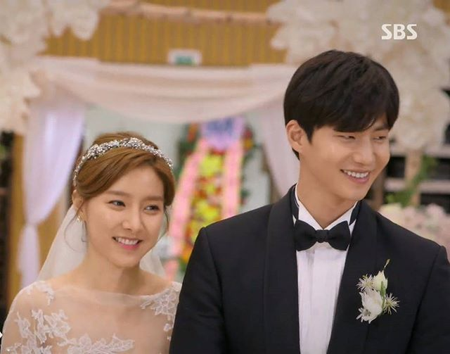 The perfect two..I wish I can see them on their 3rd & real life marriage . @jaelim_song & @socun89 Our Gab Soon #金素恩 #김소은 #kimsoeun #songjaerim#songjaelim #송재림 #ソンジェリム #宋再临 #우리갑순이 #ourgabsoon #actor #actress #model #wegotmarried #korean Credit @magicmione