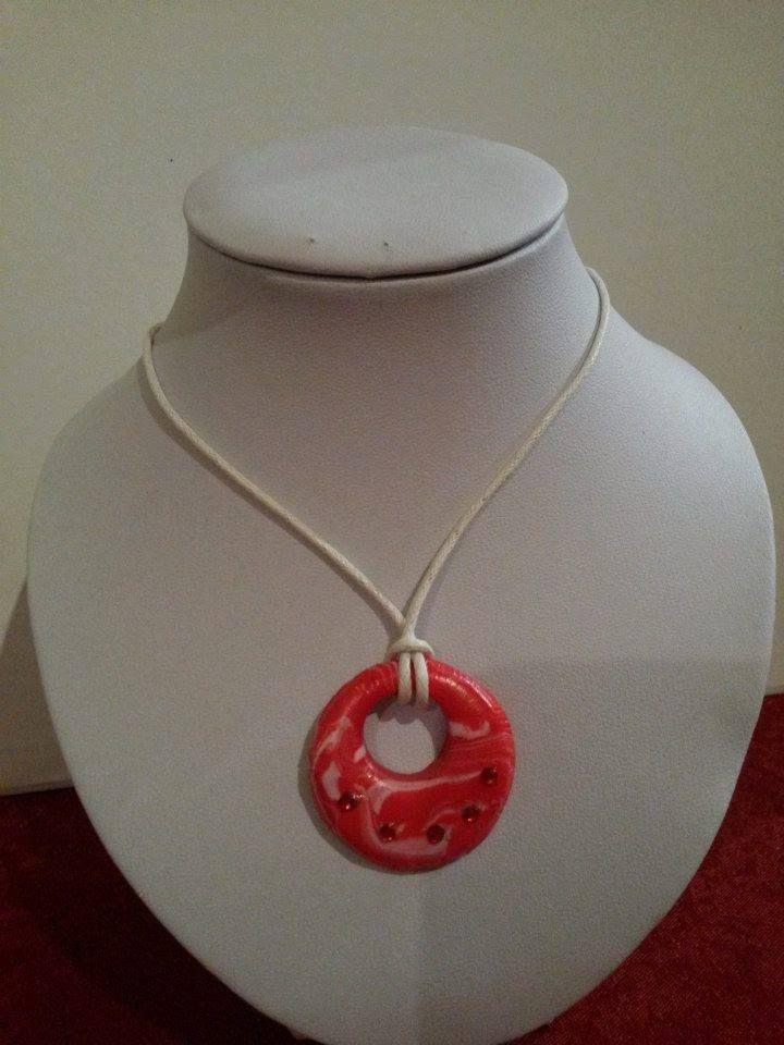 collier cordon et pendentif fimo