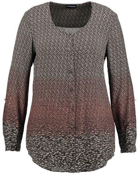 Elegant vloeiende blouse overtuigt door zijn kleur harmonie en draagcomfort. Het vrij minimalistisch design wordt door de harmonieuze kleuren volgorde...
