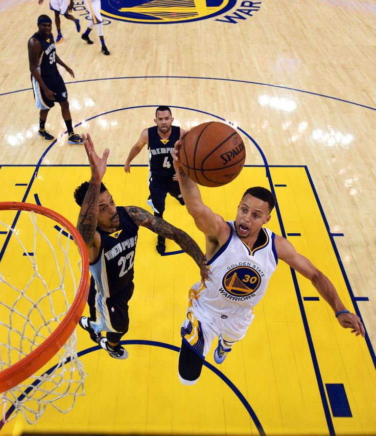 The Golden State Warriors managed to wring momentary drama out of Stephen Curry's pursuit of four hundred three-pointers.