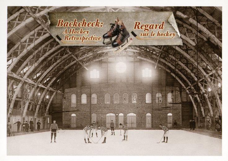3. Ancienne patinoire de Québec  Avant 1900, plusieurs patinoires n'étaient pas entourées de bandes. Remarquez que le but n'a pas de filet. #CartesDeHockey