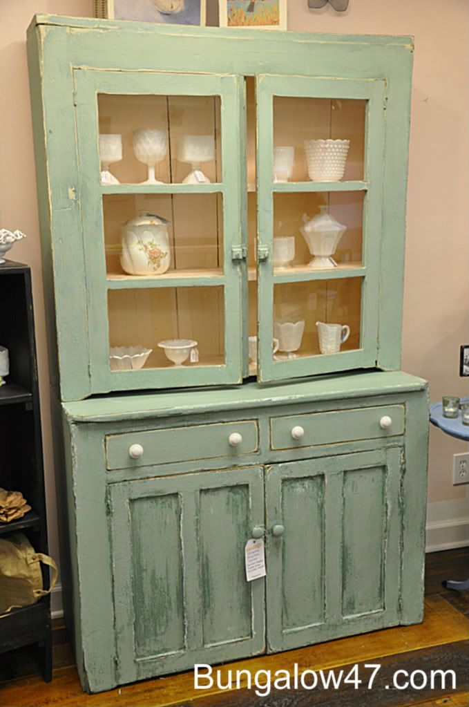 Cece caldwell s paints makeover 2 bungalow 47 alaskan for Caldwell kitchen cabinets