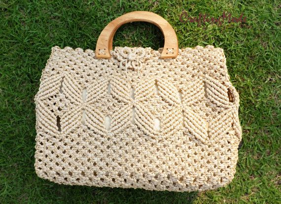 Bag, Macrame, ,Handmade ,Medium size, Weaving Bag, Ivory color,Wood handle,Handbag,Tote,Natural color,Women's bag.Purse,Gift,