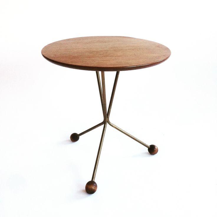 Mid century modern. Table 99 or Albertsbordet. Made in Tibro. @nonamevintageshop