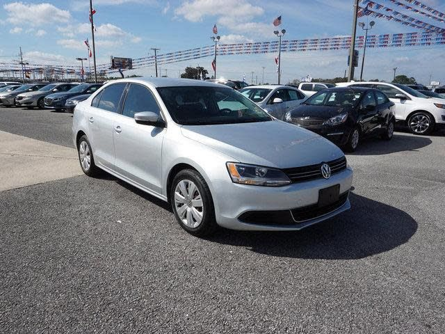 Used 2013 Volkswagen Jetta SE for sale at Terrebonne Ford in Houma, LA for $9,995. View now on Cars.com.