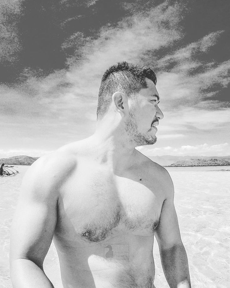 Hey Dumaguete! Sun sea sand sunblock! #gopro #waves #sandbar #sea #nature #travel #bnw #bnw_life #bnw_captures #blackandwhite #monochrome