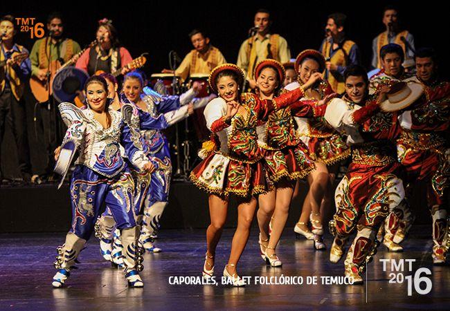 Teatro Municipal lleno de color en el carnaval del norte de Chile , Caporales