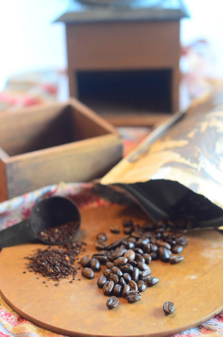 This simple guide shows you how to roast coffee beans and enjoy the delicious luxury of home roasted beans. You'll be amazed at how easy it is!