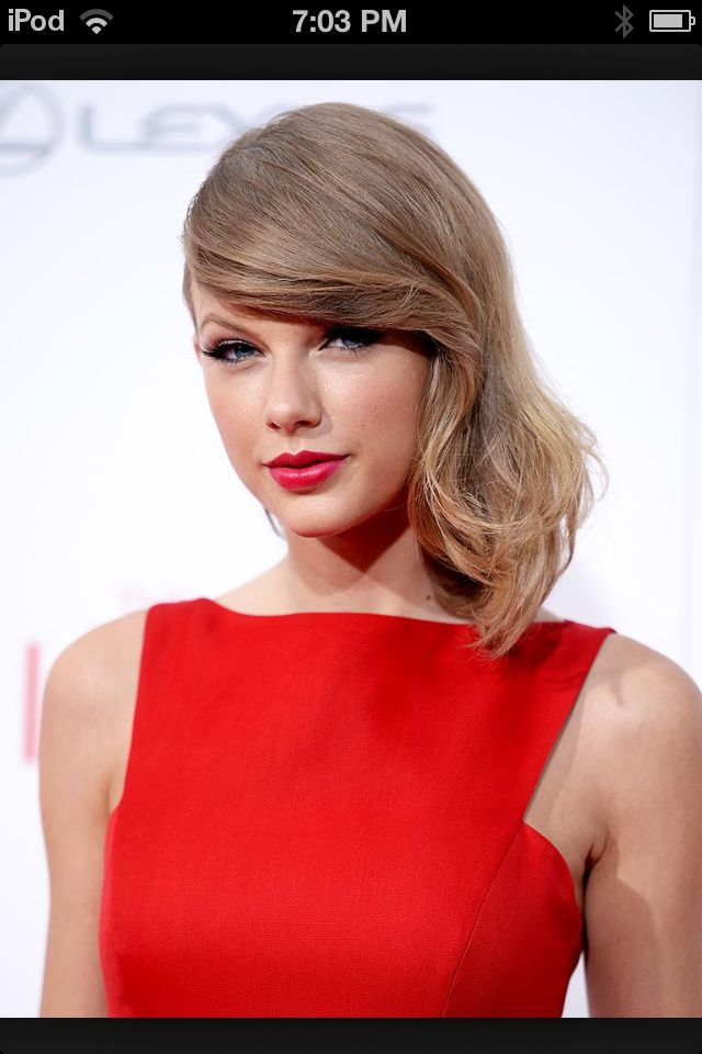 Taylor swift she's so pretty