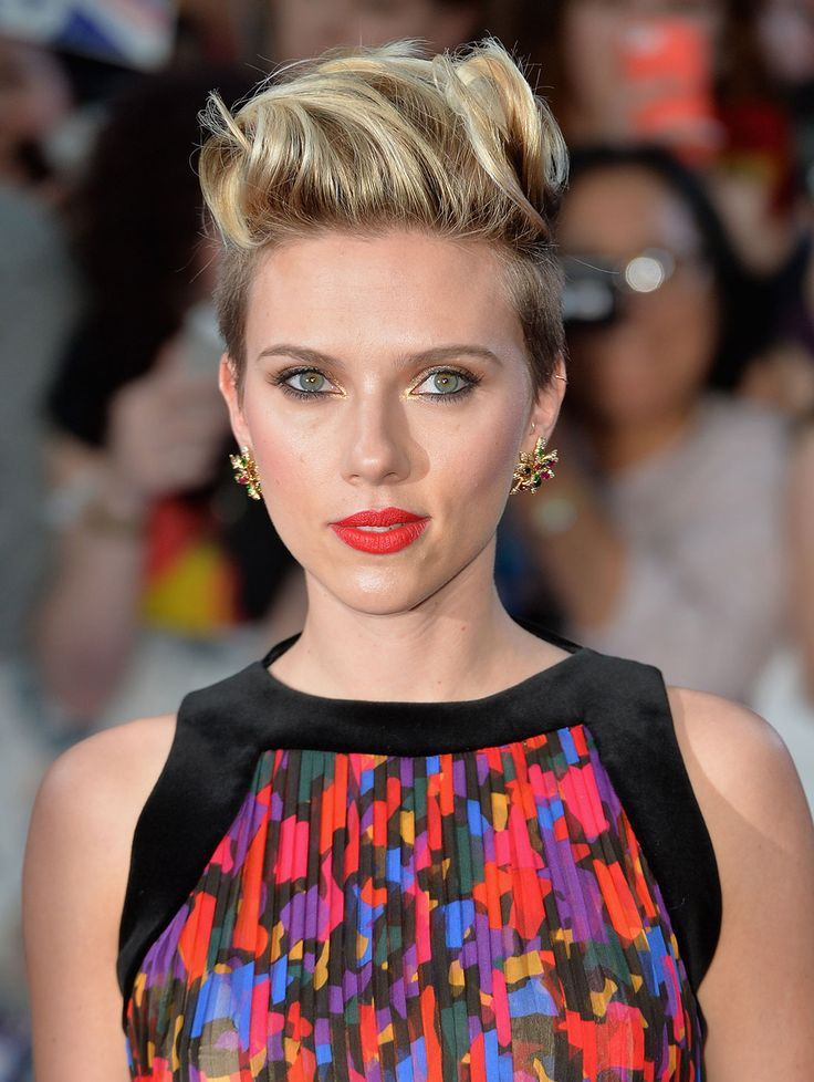 5 New Ways to Style a Pixie Cut like Scarlett Johannson via Brit + Co.